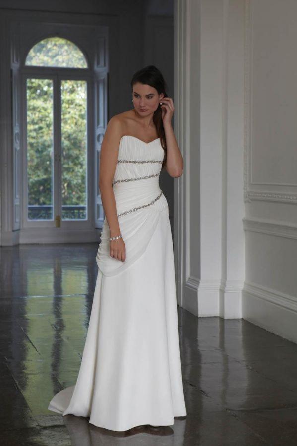 950368a5e2c ... míru antické Yvettey. svatební šaty » na objednání » do 8000Kč · svatební  šaty » na objednání » do 9000Kč · svatební šaty » na objednání » klasické